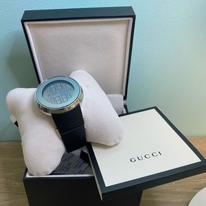 Gucci Watch brand new with tag